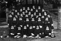 ESC 0058 Colegio de la Virgen Niña año 1958 o 59.jpg