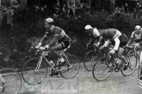 DEP 0050 Ciclistas por Amurrio.jpg