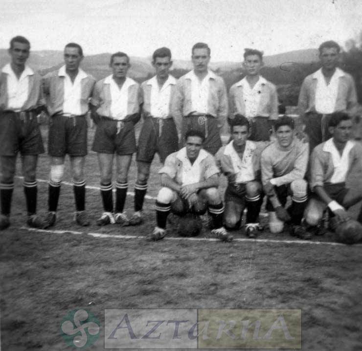 DEP 0234 Futbolistas..jpg
