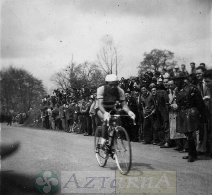 DEP 0052 Altube, Vuelta a España.jpg