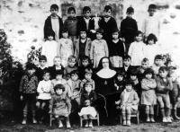 ESC 0015 Escuela del Hospital año 1929.jpg