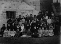 ESC 0011 Escuela de niñas de Amurrio 1910.jpg