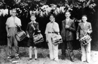 POL 0020 Grupo de txistularis año 1933.jpg