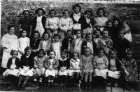 ESC 0032 Escuela de niñas de Baranbio año 1944.jpg