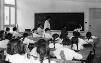 ESC 0069 En clase en San José.jpg