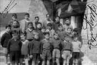 ESC 0066 Chiquillos en el instituto.jpg