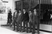 ESC 0119 Alumnos del instituto.jpg