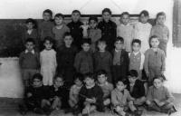 ESC 0115 Niños  en la escuela del hospital.jpg