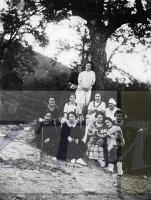DEP 0029 LIB Mujeres en el monte.jpg